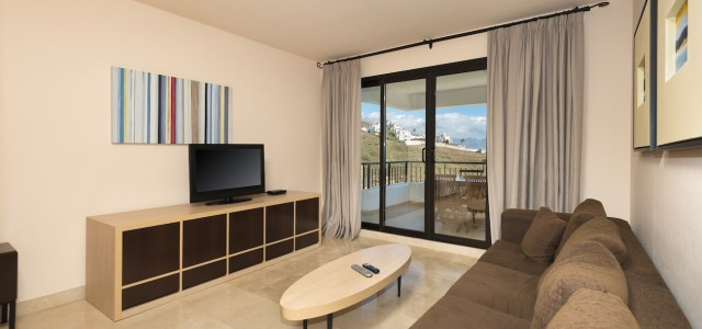 Apartment living witn 2 y 3 bedrooms Apartments Fuerte Calaceite