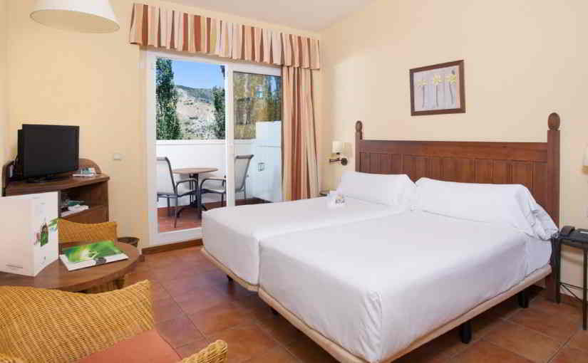 Classic twin with views of Grazalema